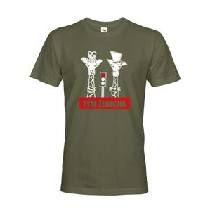 Pánske tričko pre tím ženícha s žirafami na rozlúčku so slobodou